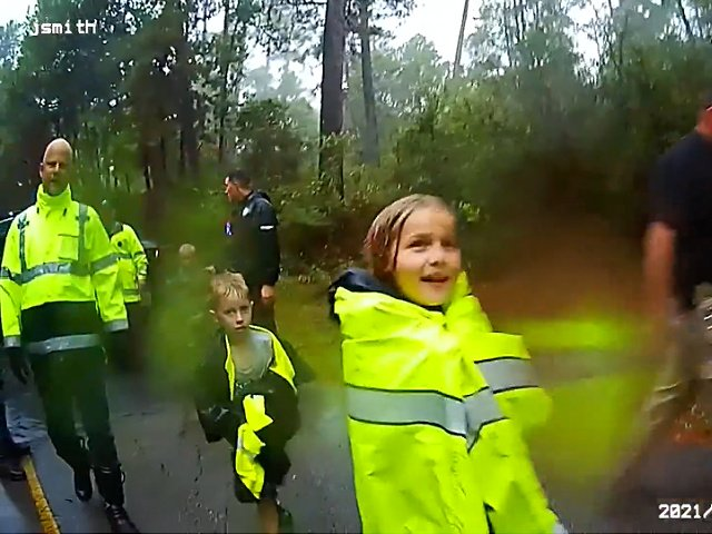 WATCH: 3 Texas Children Lost in Woods Overnight Found by Deputy and Volunteer: 'Ain't Jesus Good?'